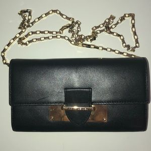 Henri Bendel Wallet Purse black leather with gold